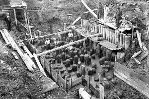 The foundations of venetian palazzos venice wiki la for Piccola casa costruita su fondamenta